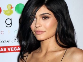 Kylie Jenner responds to fans criticising Travis Scott for not knowing dogs' names