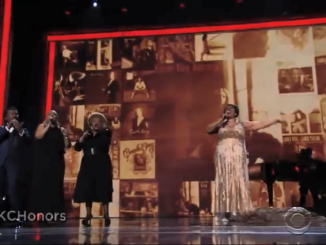 Aretha Franklin performs (You Make Me Feel Like) A Natural Woman at the Kennedy Center Honors 2015