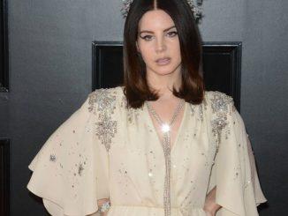 Lana Del Rey promises to visit Palestine ahead of Israel festival gig