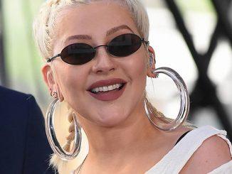 Christina Aguilera praises 'strong' Demi Lovato