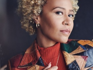 Emeli Sandé wows audience live as she collects prestigious Icon Award at Ethnicity Awards